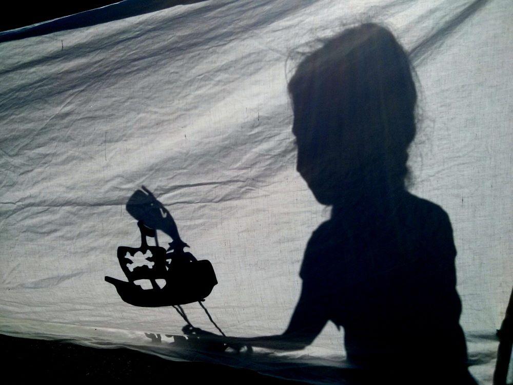 Les Luminots : un théâtre d'ombres à la médiathèque!
